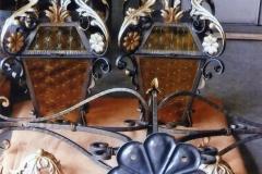 Lampadario con due lanterne