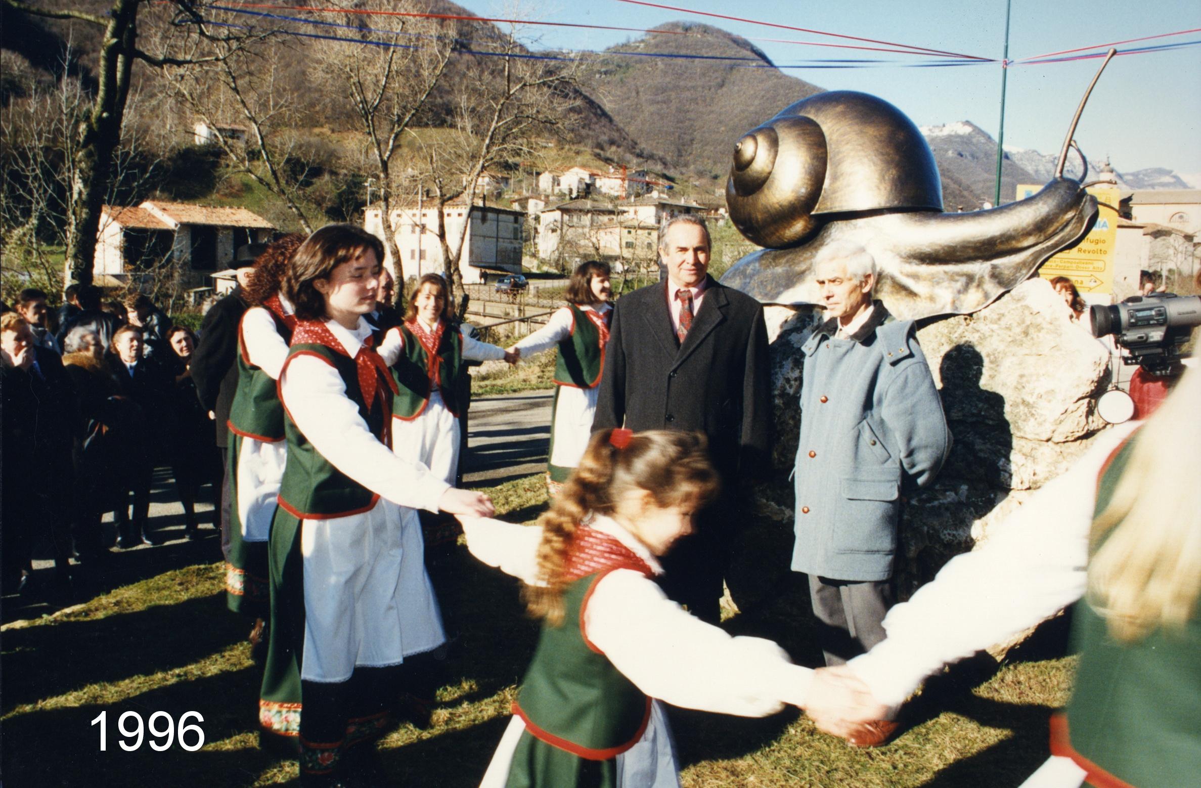 1996 - S. Andrea  di Badia Calavena (VR) L. 200 cm